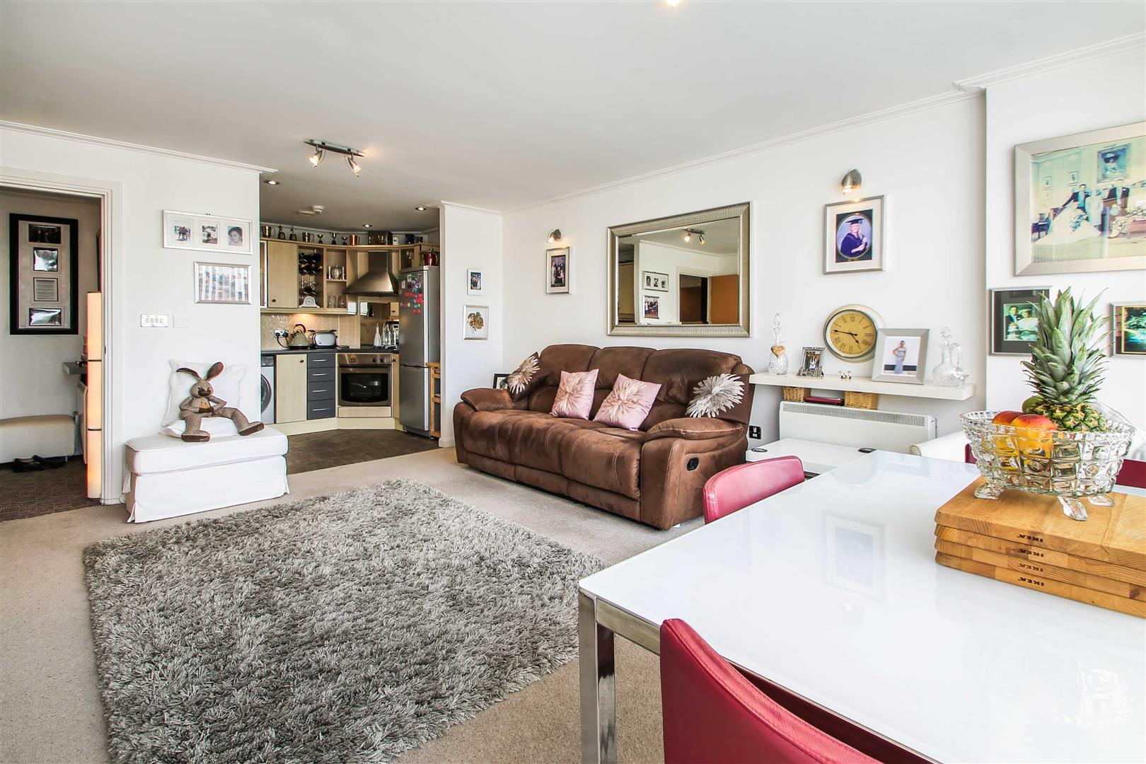 1 Bedroom Apartment Flat for sale in Century Wharf, Cardiff Bay